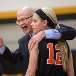 Auburn Montgomery head coach Dan Davis has a word with Kaylan Withrow.