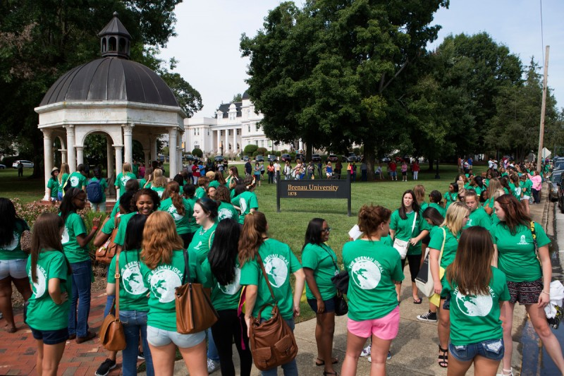 Brenau University Women's College first year students prepare to head from the Daniels Pavilion into Pearce Auditorium.